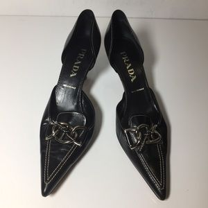 Prada Pointed toe kitten heel sz 9